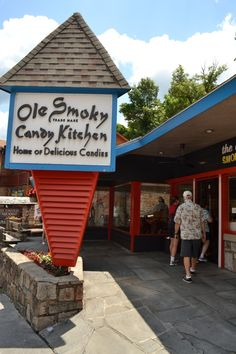 Old Smoky's Candy Kitchen - downtown Gatlinburg, Tennessee