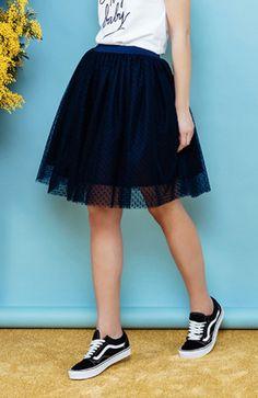 Jupe Ava Navy https://www.wearlemonade.com/fr/jupe-ava-navy.html  I LOVE the Skirt!