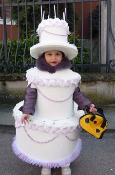 Cake costume  Autrice: Monica