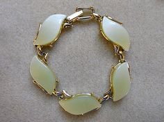 Lucite Bracelet Vintage Stones of Pale Yellow by AprilSnowJewelry, $18.00