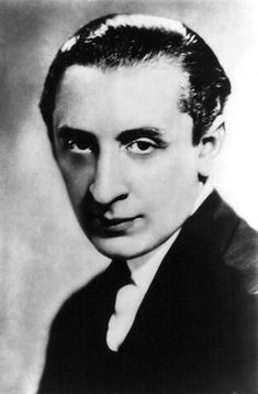 Vladimir Horowitz - Classical pianist, known for his virtuoso style and flawless technique Arthur Rubinstein, Vladimir Horowitz, Art Tatum, Pictures At An Exhibition, Music Composers, Opera Singers, Conductors, Classical Music, Orchestra