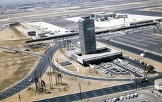 The then-new air traffic control tower at Los Angeles International Airport (1961) All Airlines, United Airlines, Monte Carlo, Las Vegas, California History, Southern California, Air Traffic Control, Aerial Images, Tower House