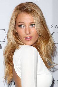 Blake Lively Hairstyles & Beauty | British Vogue