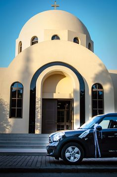 ''Doing'' the Italian job with a mini cooper. Almost married. Wedding in Athens by weddingskyros.com