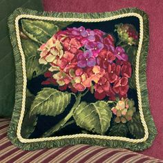 I love anything in green colors but this hydrangea makes me want a new room to decorate with this as inspiration! #spottedcanarycontest