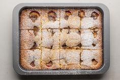 21 Savory and Sweet Plum Recipes Polish Apple Cake Recipe, Apple Cake Recipes, Fruit Recipes, Polish Desserts, Polish Recipes, Plum Desserts, Polish Food, Plum Torte, Plum Cake