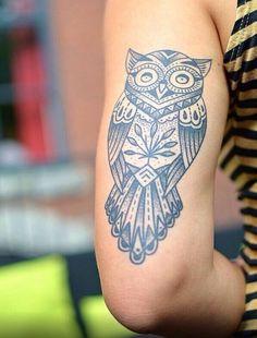 Buena suerte. Tatuaje. Tatoo. Búho. Blanco y negro. Godo luck