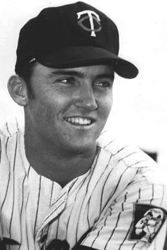 Google Image Result for http://www.ootpdevelopments.com/board/attachments/ootp-mods-rosters-photos-quick-starts/214748d1302963394-help-finding-photos-graig_nettles_-from_1969_twins_team_issue-_3.jpg