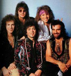 Bon Jovi - See Jon mischievously giving Tico rabbit ears in the back ;)