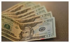 great blog post about tipping vendors - which ones you should and how much.