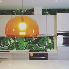 My kitchen in Norway! Closed Kitchen, Kitchen Wallpaper, Tropical Design, Norway, Condo, Kitchens, Bench, Kitchen Cabinets, Table Lamp