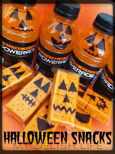 Halloween Snacks Halloween Treats Healthy Halloween Snacks Pumpkin Crackers Pumpkin Powerade Pumkins Halloween Www.facebook.com/MyDelishLife