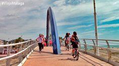 Qué hacer en el Paseo Marítimo de Pedregalejo. Pasear en bicicleta.