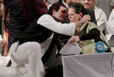 My mother cried, she understands power is poison: Rahul Gandhi