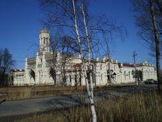 Gare de Peterhof - Peterhof - Construit de 1854 à 1857 par l'Architecte Nikolai L. Benoit.