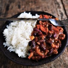 Chili con carne easy - - Famous Last Words Weekly Menu, International Recipes, Risotto, Food Porn, Lunch Box, Food And Drink, Rice, Healthy Recipes, Meals