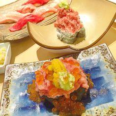 Serious cravings now missing this #uni #seaurchin #toro #ikura #salmon #roe volcano!! My go-to restaurant in #singapore- @magurodonya_miuramisakikou!! #maguro #bluefintuna #foodporn #foodgasm #foodie #sgfoodie #sydneyeats #uniporn #yummy #eatclean #foodspotting #hungrygowhere #sushi #sashimi #nigiri #otoro #chutoro #aroi #aroibkk #oishi by sillydreamymee