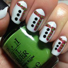 Easy Christmas Nail Art