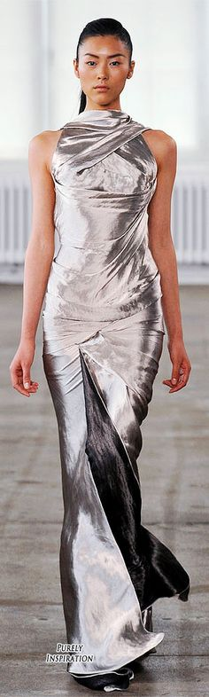 Donna Karan Resort 2011 Women's RTW | Purely Inspiration