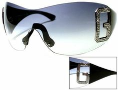 D Glasses Radar Online Radar Online, Summer Essentials, My Style, Country Style, Classy, Sunglasses, Oakley, Clothes, Shoes