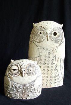 black and white - owls - ceramic sculpture - Roman Khalilov Ceramic Birds, Ceramic Animals, Clay Animals, Ceramic Clay, Clay Owl, Clay Birds, Sculptures Céramiques, Bird Sculpture, Owl Crafts