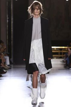 Rick Owens Menswear Spring Summer 2015 Paris - NOWFASHION