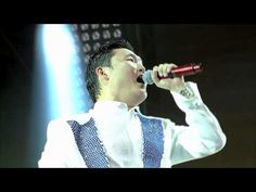 PSY - GANGNAM STYLE @ Summer Stand Live Concert - I am too old for this but love the excitement