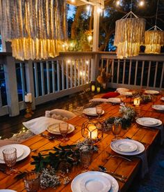 Happy Thanksgiving! Which do you prefer this year- in or out? Coastal Virginia Magazine's Best Kitchen & Bathroom Remodeler#dogoodwork #kitchendesign #hgtv #kitchen #bathroom #homeimprovement #home #remodeling #remodel