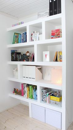 great bookcase #StorageMart #OrganizeIt