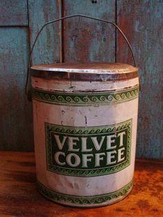 Rare Antique 5lb Bail Handle Velvet Coffee Tin by prairieantiques, #etsy 68.00