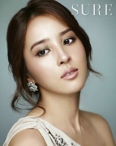 Han hye-jin (한혜진) - picture в 2019 г. bridal makeup korean w Korean Wedding Makeup, Asian Bridal Makeup, Natural Wedding Makeup, Asian Makeup, Wedding Hair And Makeup, Wedding Beauty, Hair Makeup, Korean Makeup, Make Up Looks