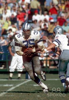 Calvin Hill from Oct 1, 1969. Dallas Cowboys