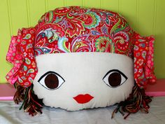 The Stitching Scientist: Gypsy Doll Face Pillow Tutorial and Free Pattern Sewing Projects For Kids, Sewing For Kids, Sewing Crafts, Craft Projects, Oversized Pillows, Pillow Tutorial, Round Pillow, Diy Pillows, Sofa Cushions