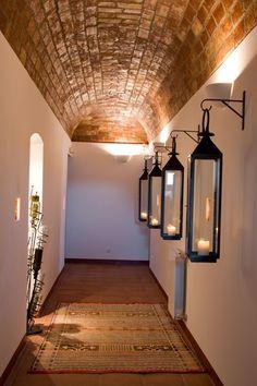 Hallway lights Herdade do Sabroso, Vidigueira (Alentejo), Portugal Decor, House Design, Decor Design, Cozy House, Entryway Chandelier, Entryway Lamps, Home Decor, Lobby Design, Hallway Decorating