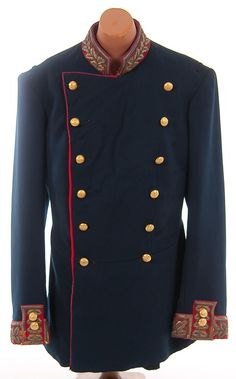 Lot:77: IMPERIAL RUSSIAN GENERAL UNIFORM, Lot Number:77, Starting Bid:$450, Auctioneer:Jackson's Auction, Auction:77: IMPERIAL RUSSIAN GENERAL UNIFORM, Date:06:00 AM PT - Oct 26th, 2010