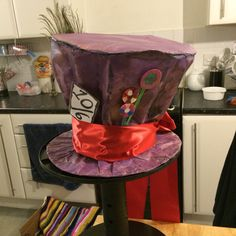 More photos of the mad hatters hat