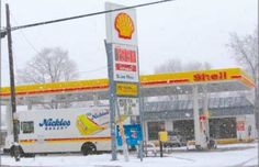 Crestline�s Shell station and convenience store was robbed Sunday evening.