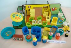Vintage Fisher Price Wood Little People Play Family Rooms #909 + Accessories | eBay