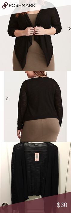 Torrid Lightweight Cardigan Perfect spring/summer sweater. Super lightweight and soft! Best sweater ever(I have several in different colors and patterns)!! Torrid size 1 (equivalent to 14/16 or xl) torrid Sweaters Cardigans