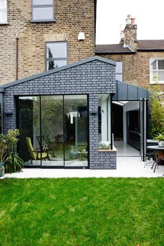 Awesome Terrace House Extension Design Ideas With Open Plan Extension Veranda, House Extension Design, Extension Designs, Glass Extension, Rear Extension, Extension Ideas, Brick Extension, Side Return Extension, Kitchen Extension Uk