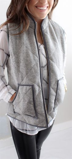 """High Fashion, best selling herringbone puffer vest! This vest completes any outfit. It's so comfortable and soft, and will have your friends envying your outfit all day long!THESE FIT TRUE TO SIZE!! SIZES Small: 0-4Medium: 4-6Large: 6-10XL: 10-12LENGTH: Small 25.5""""Medium- 27.5""""Large- 29.5"""" XLarge- 31.5""""WIDTH CHEST: Small 36""""Medium 38""""Large 40""""XL 42""""These fit slightly small(please see measurements above and order accordingly)!"""