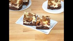 Brownies… Oh, I love them! Cheesecake brownies… OMG, these are the best brownies! These cheesecake brownies… One Bowl Brownies, Cheesecake Brownies, Best Brownies, Ingredients For Cheesecake, How To Make Cheesecake, Brownie Recipes, Chocolate Recipes, Dessert Recipes, Desserts