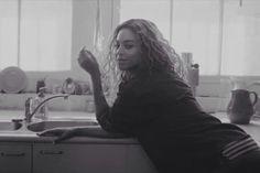 Beyonce - Rocket Music Video