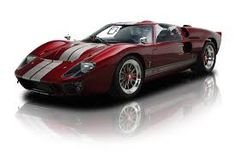 In the litre Ford GT 40 began dominating the Le Mans race. In 1966 the GT 40 took Europe by surprise and beat Ferrari to finish in the standings. The Ford team went on to win the race four consecutive years, Ford Gt40, Ford Classic Cars, Gt Cars, Car Ford, Amazing Cars, Sport Cars, Concept Cars, Motor Car, Luxury Cars