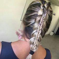♚iwant that hair!!!!!