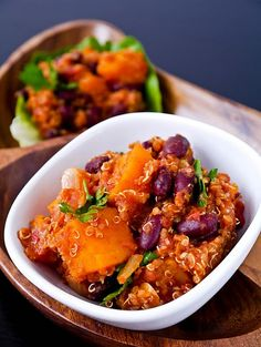 Butternut squash chili with quinoa. A new twist on a classic  (h/t @peachesanddonuts). #vegetarian #vegan #recipes #cooking #squash #fall #quinoa #chili #dinner