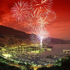 #PortHercule #Monaco is a magical place to visit or to live in! #FireWorks #MonacoFinest #BestOfTheBest #MonteCarlo #MC #MonacoFinest by monacofinest from #Montecarlo #Monaco