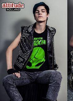 Punk grunge #Rbele #stude #alien #WTTW #OOTD www.attitudeholland.nl