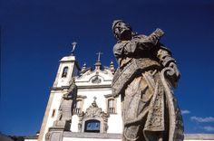 Profeta Ezequiel em frente à Basílica Bom Jesus de Matosinhos, Congonhas, Minas Gerais
