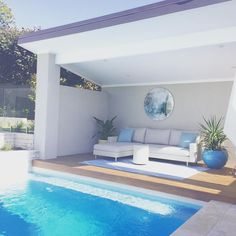 Might be a good idea to spend sunday here going to be a hot one outdoor exteriors pool swimmingpool backyard backgarden home homelove weekend wheresautumn Small Backyard Pools, Backyard Pool Landscaping, Backyard Pool Designs, Small Pools, Swimming Pools Backyard, Swimming Pool Designs, Patio Design, Backyard Beach, Outdoor Spaces